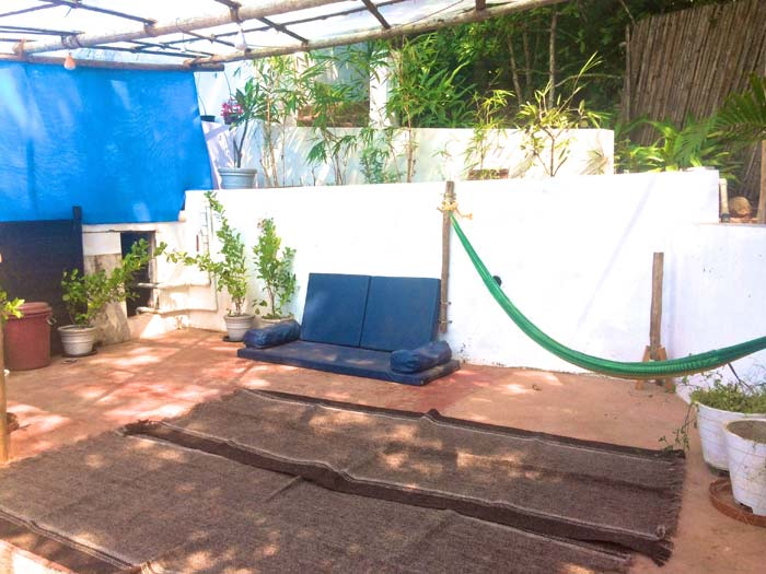 chillout area at Fluidsymetry watsu therapy pool in Goa