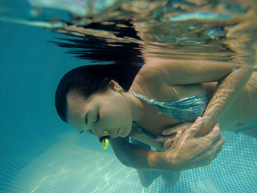 fluidsymmetry aquatic bodywork watsu session in Agonda Goa India